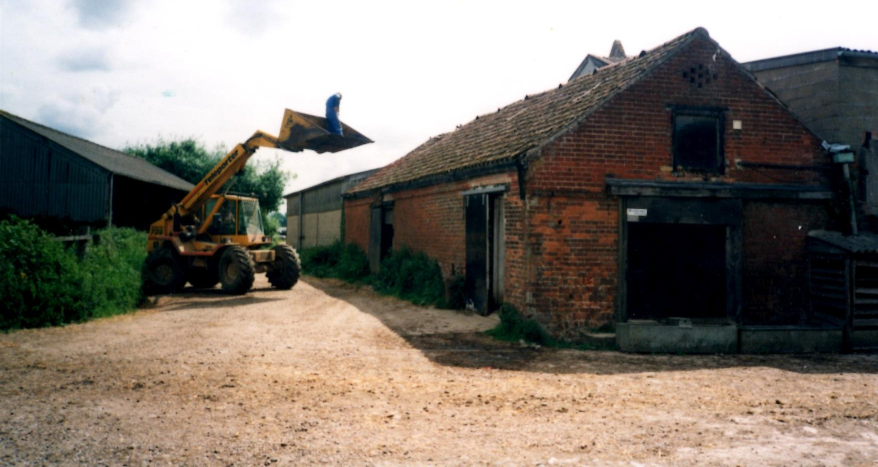 Roof maintenance, 1996